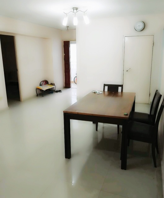 HDB for Sale 491 ADMIRALTY LINK
