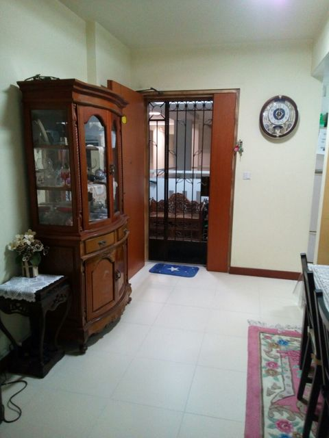 HDB for Sale 421 CLEMENTI AVENUE 1