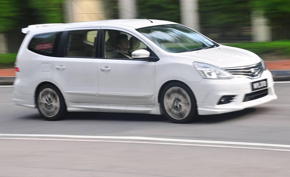 Nissan Grand Livina | CarSifu