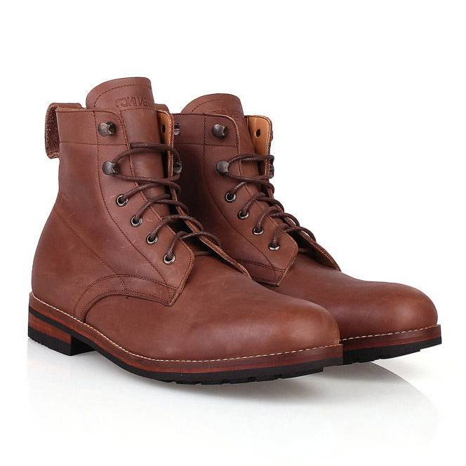 Sepatu / Logan Wooded Black