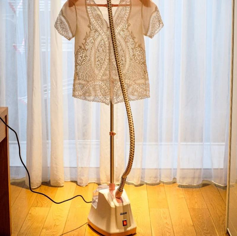Idealife - Garment Steamer - Setrika Uap (il-131s)