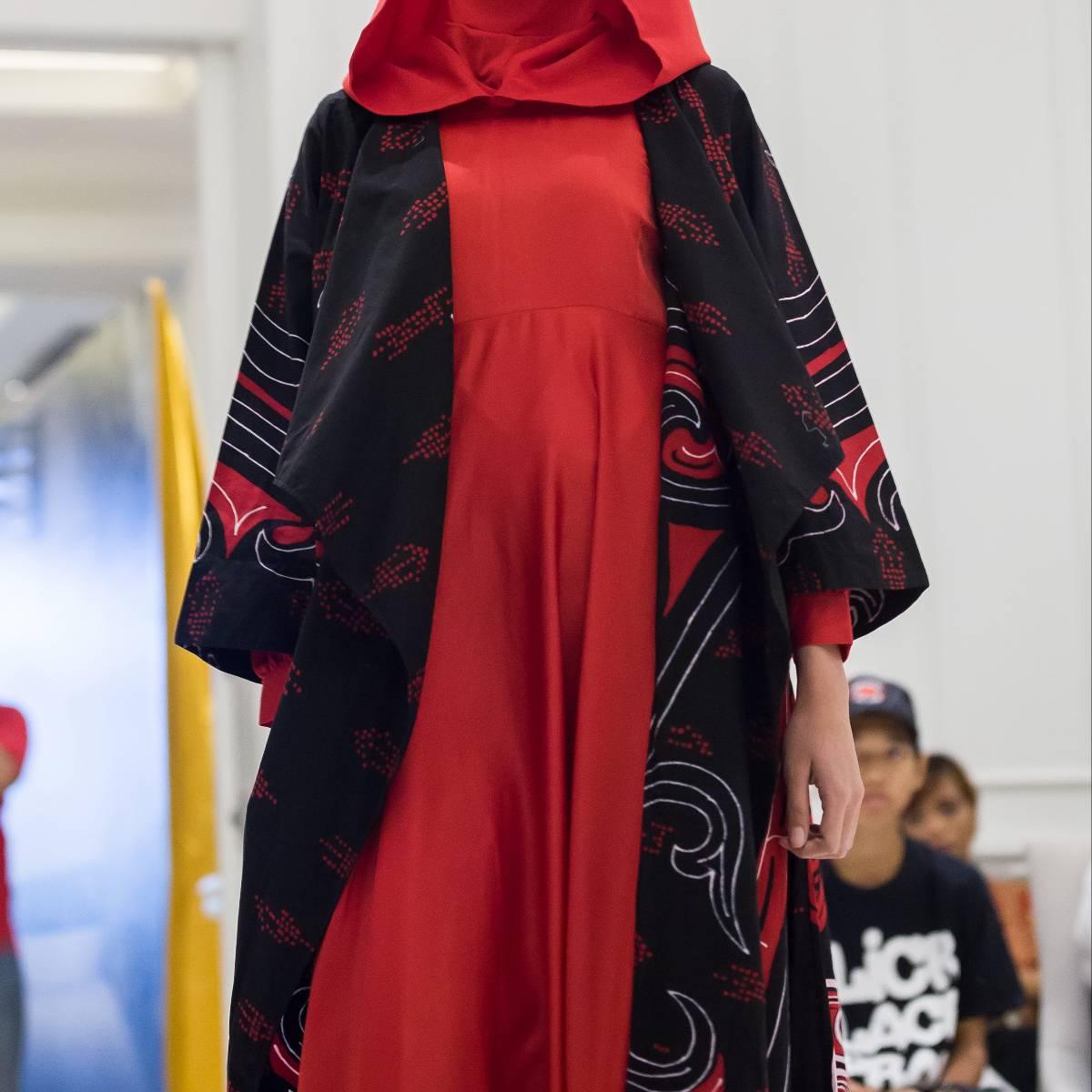 Long Cardigan Batik Gorga1