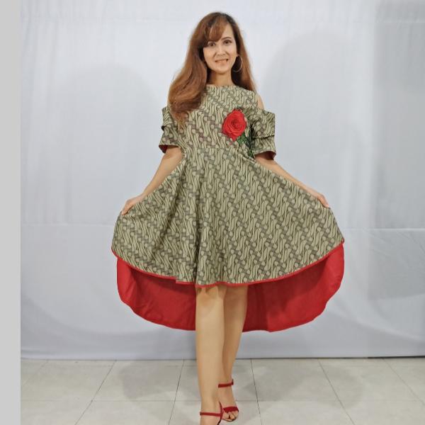 Ratu Ayu Batik, Dress Parang Lawasan