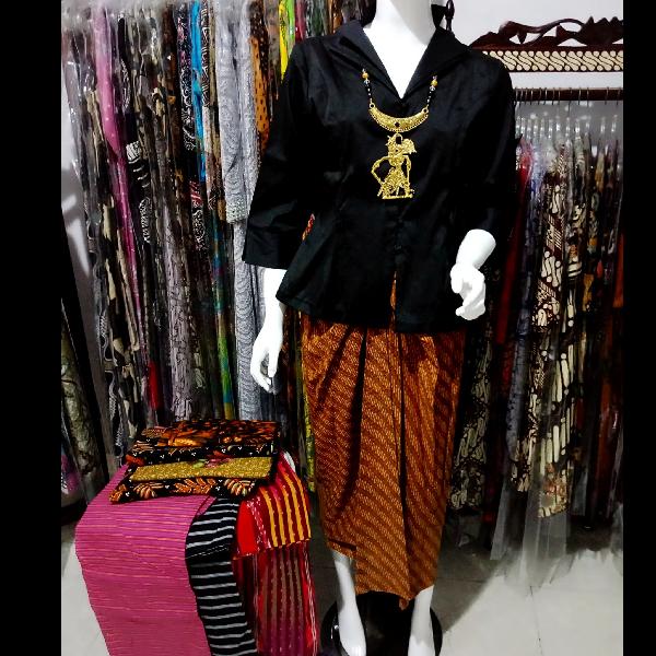 Setelan Batik Princes Klasik