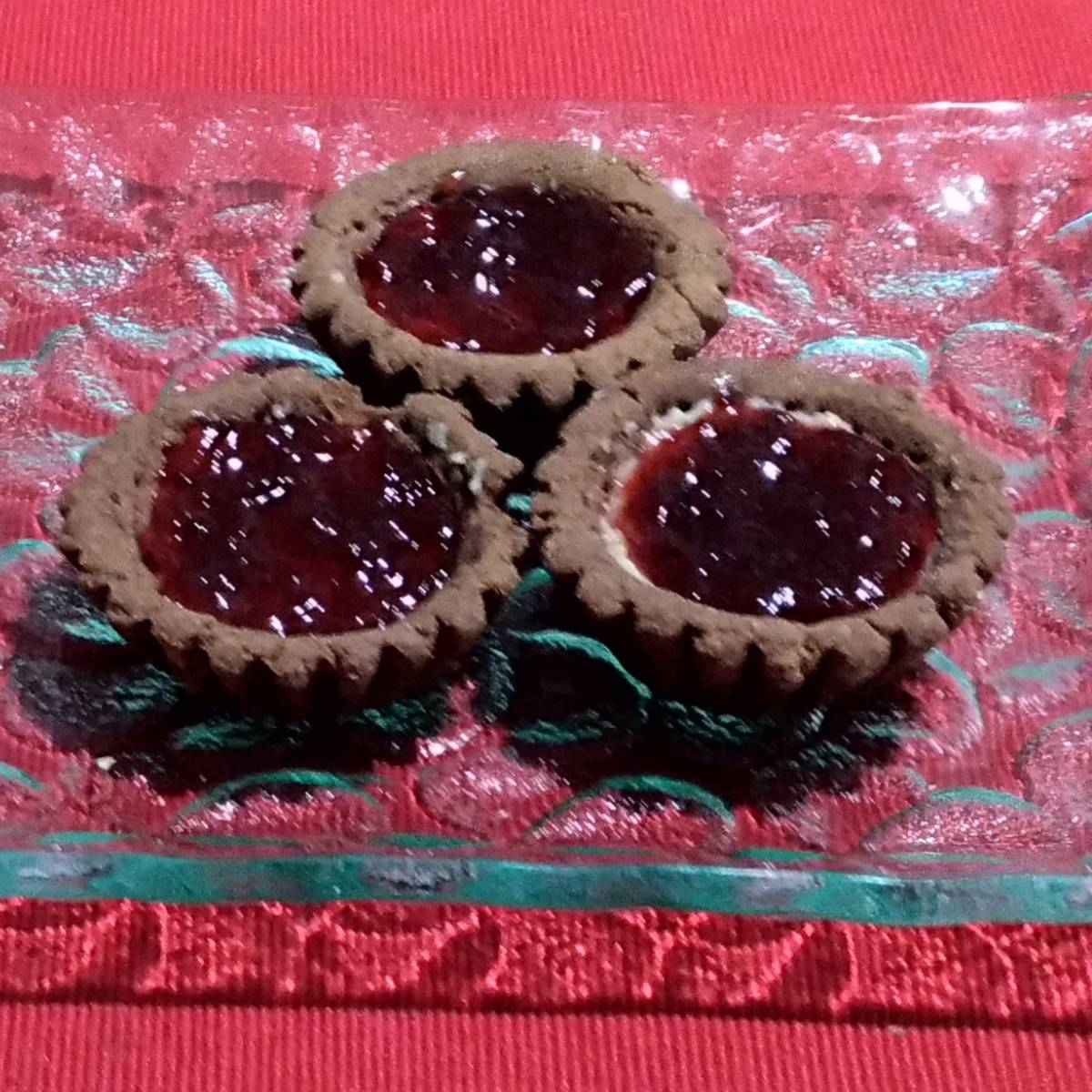Mini Pie Strawberry Chocolate Crust(paket 3 Pieces)