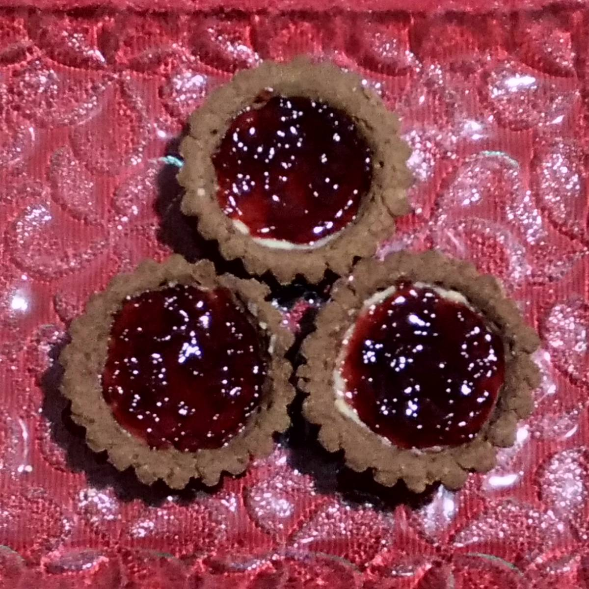Mini Pie Strawberry Chocolate Crust(paket 3 Pieces)1