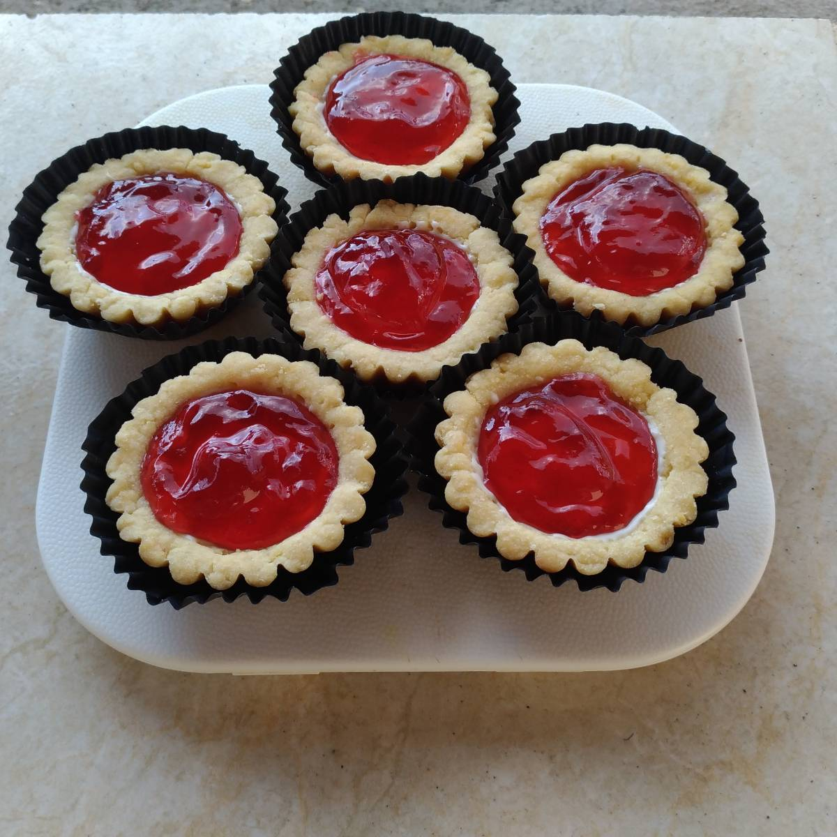 Mini Pie Strawberry Original Crust (paket 6 Pieces)1