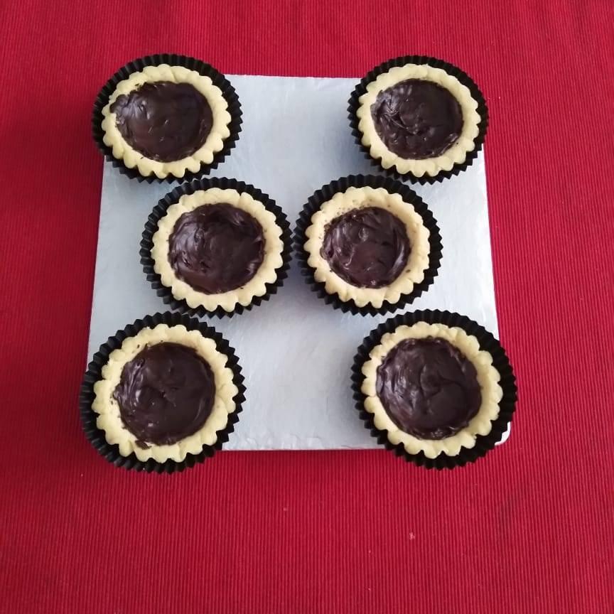 Mini Pie Coklat Original Crust (paket 6 Pieces)3