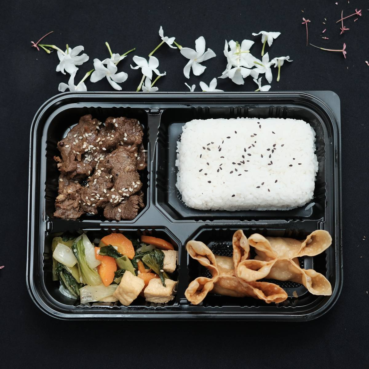 "Paket Lunch Box "" Beef Bulgogi """