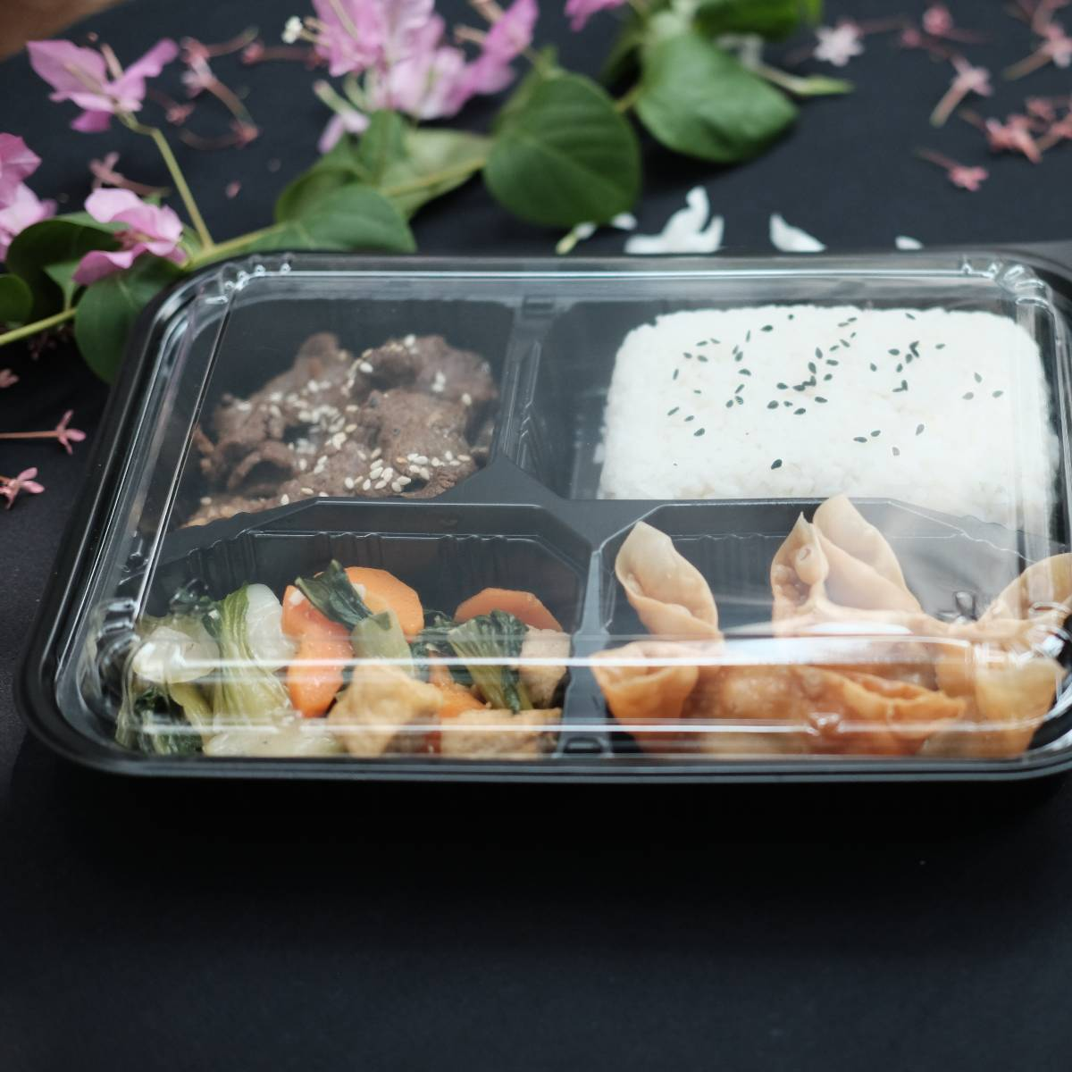 "Paket Lunch Box "" Beef Bulgogi ""2"