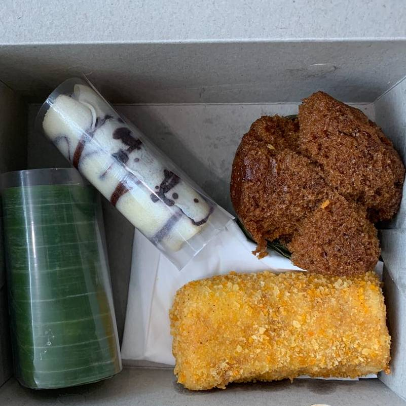 Paket Snack Box 10