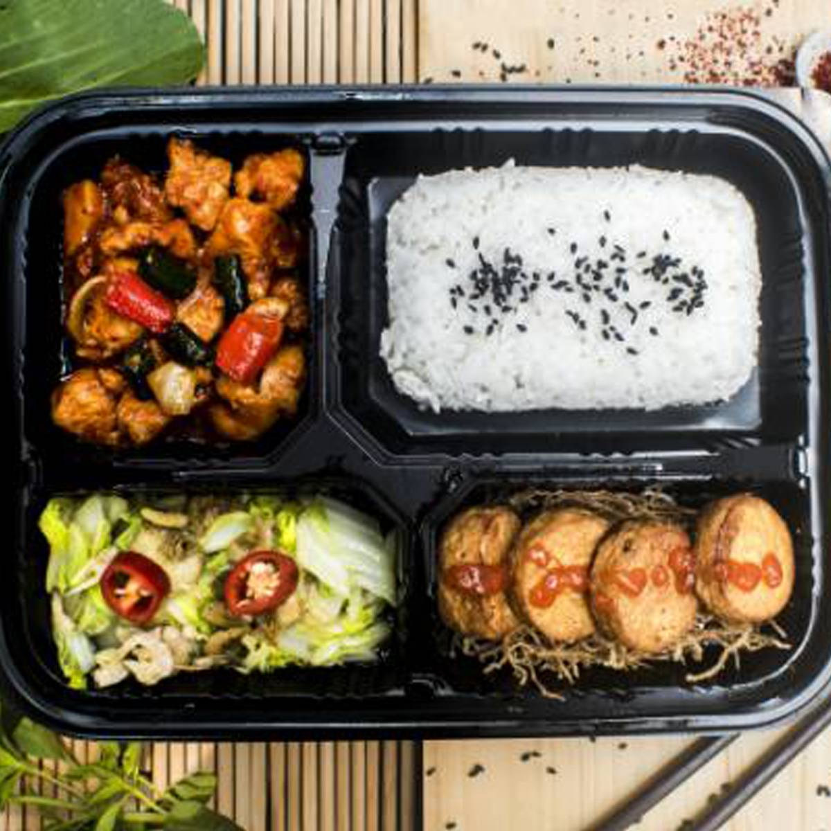 "Paket Lunch Box "" Ayam Pedas Korea """