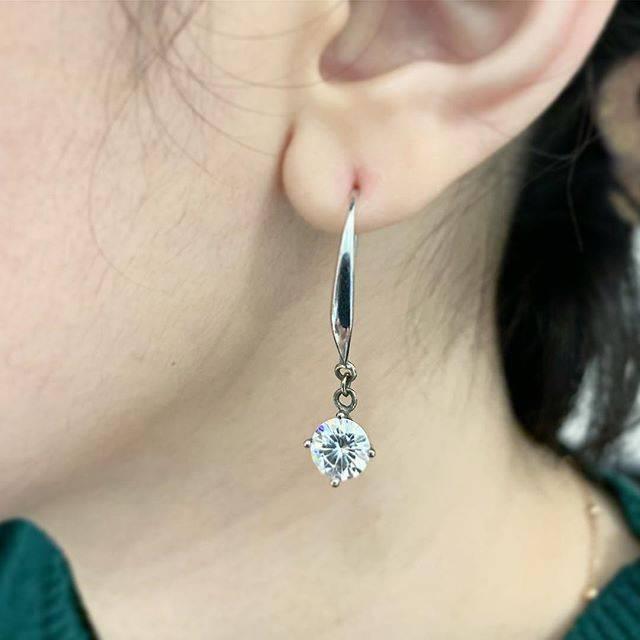 Moissani 1carat Hanging Earring