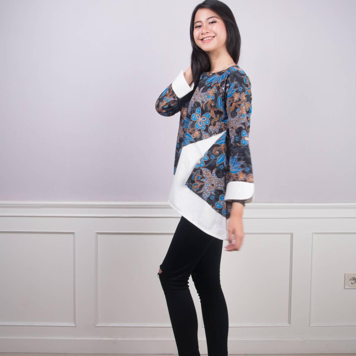 Batik Wanita -Tina Top (Blue)1