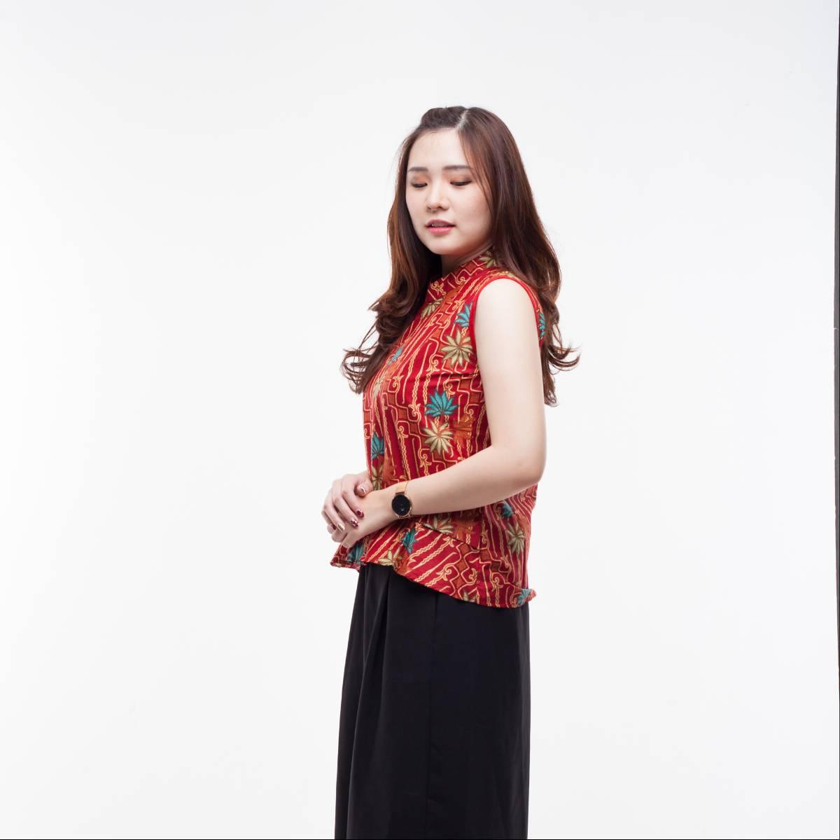 Atasan Batik Wanita Modern- Amel Top (Red)1