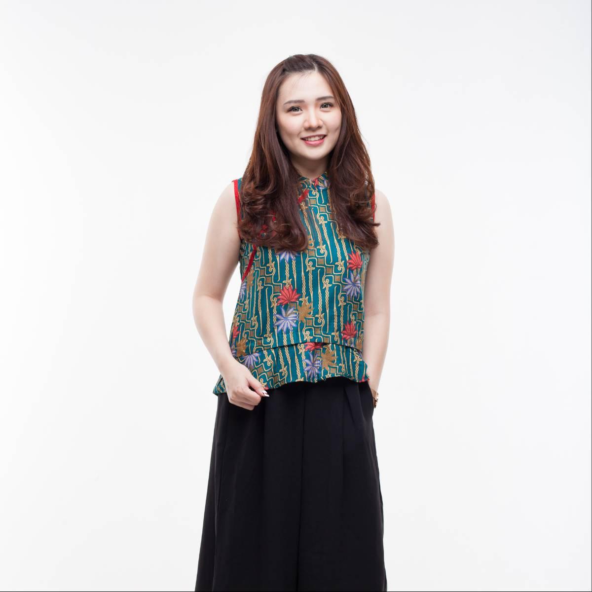 Atasan Batik Wanita Modern-Amel Top (Green)