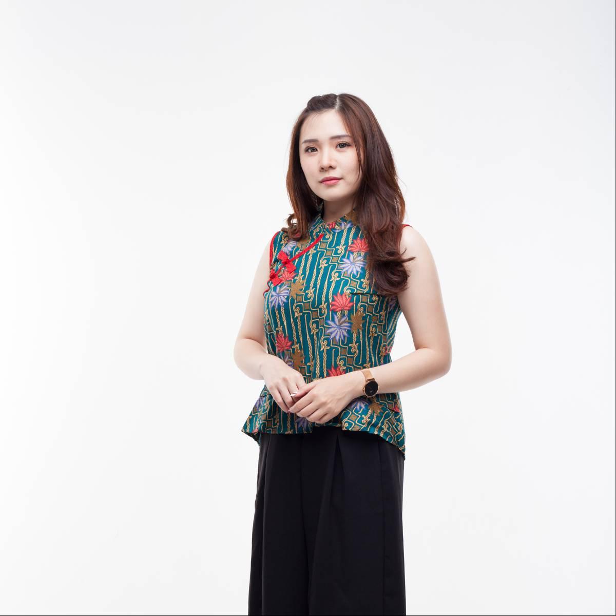 Atasan Batik Wanita Modern-Amel Top (Green)2