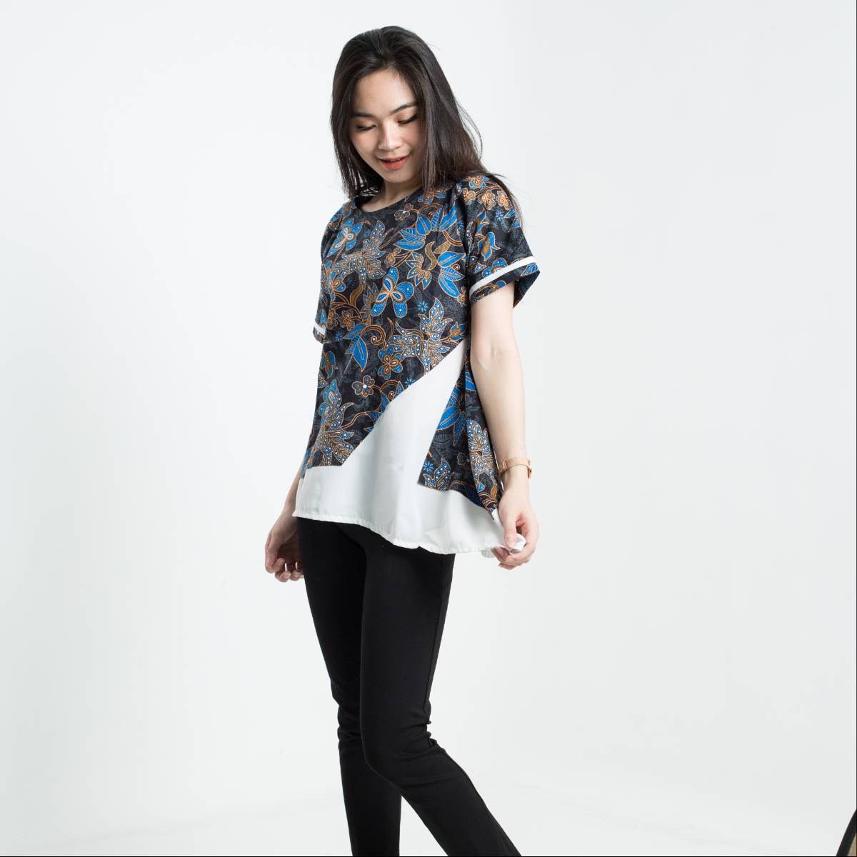 Batik Wanita-Tina Top Pendek (Blue)2