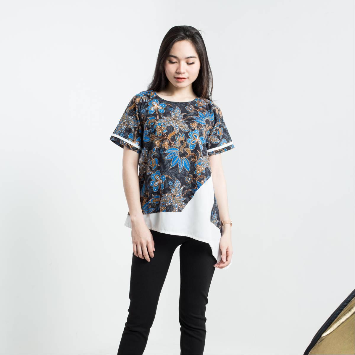 Batik Wanita - Tina Top Pendek2