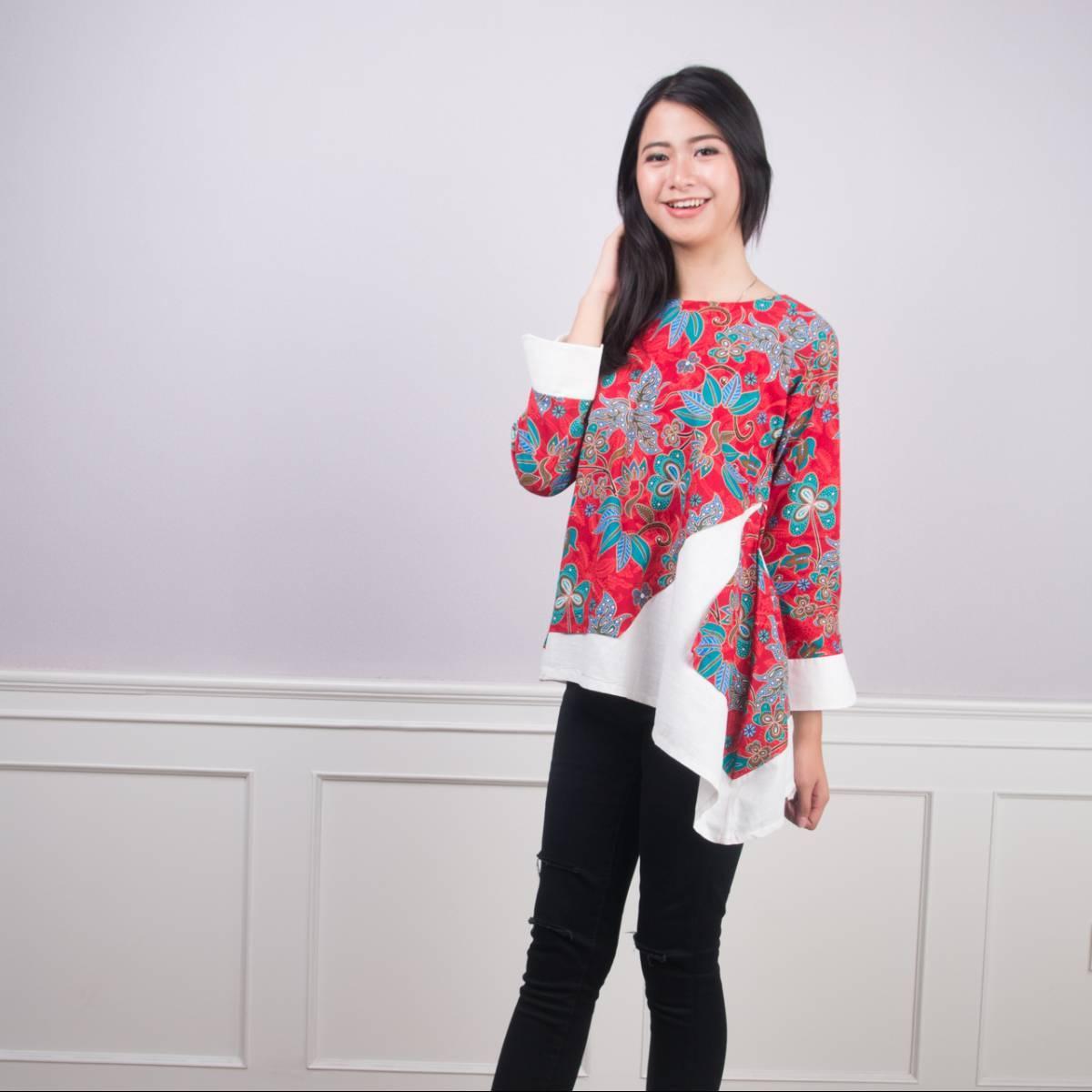 Batik Wanita - Tina Top2