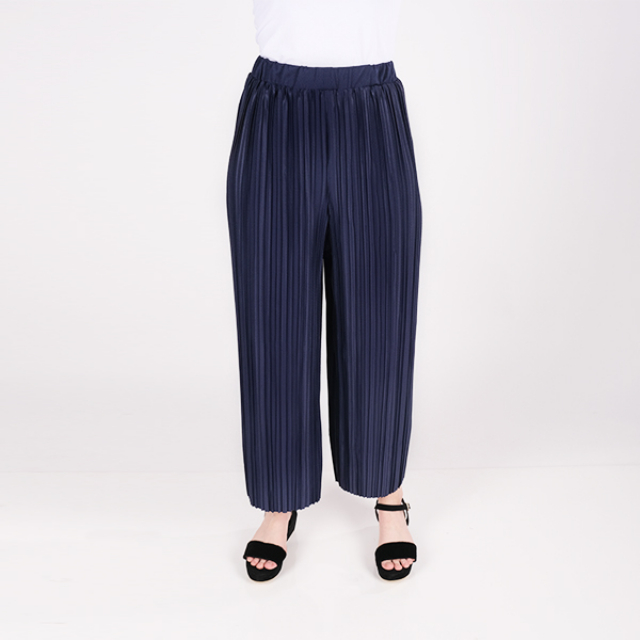 Celana Plisket Wanita Biru | MABELLA
