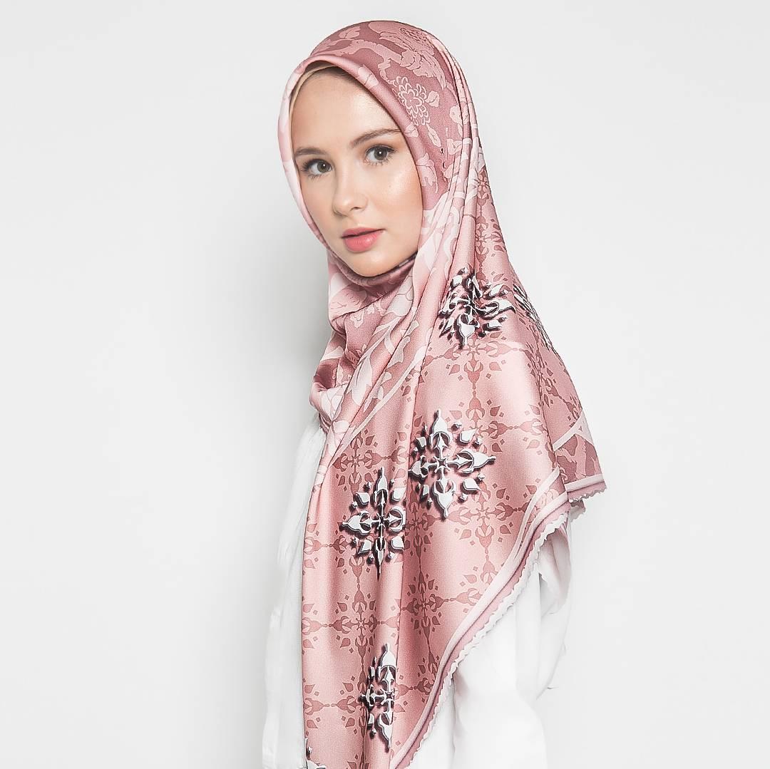 Hijab/hijabprint/ailadesign/hijablaris/hijabkeren/hijabelegant