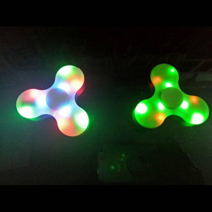 Spinner Led Dan Speaker (via Bluetooth) - New Spinner !!!2