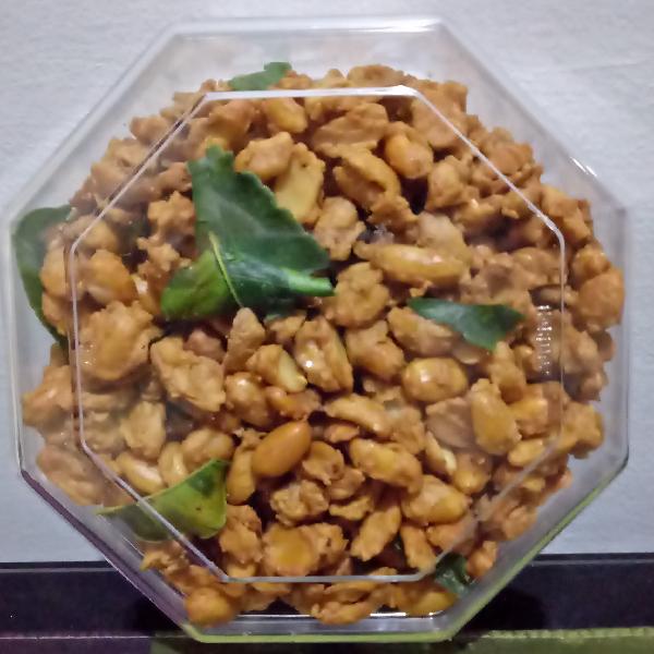 Kacang Hawai & Kacang Medan2