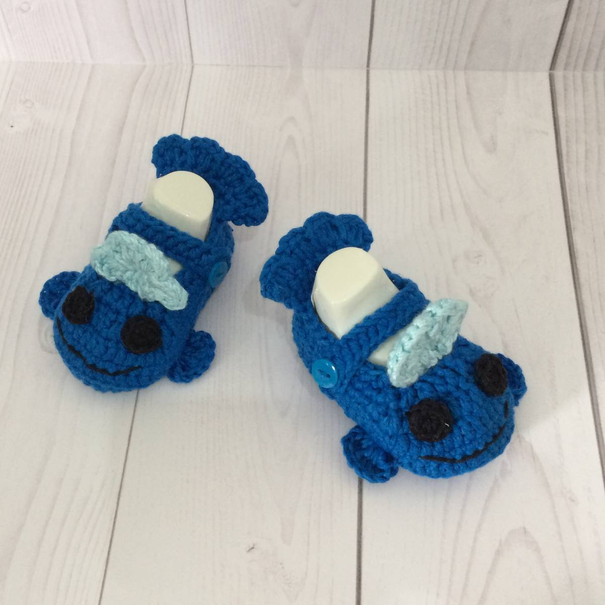 Sepatu Rajut Blue Fish