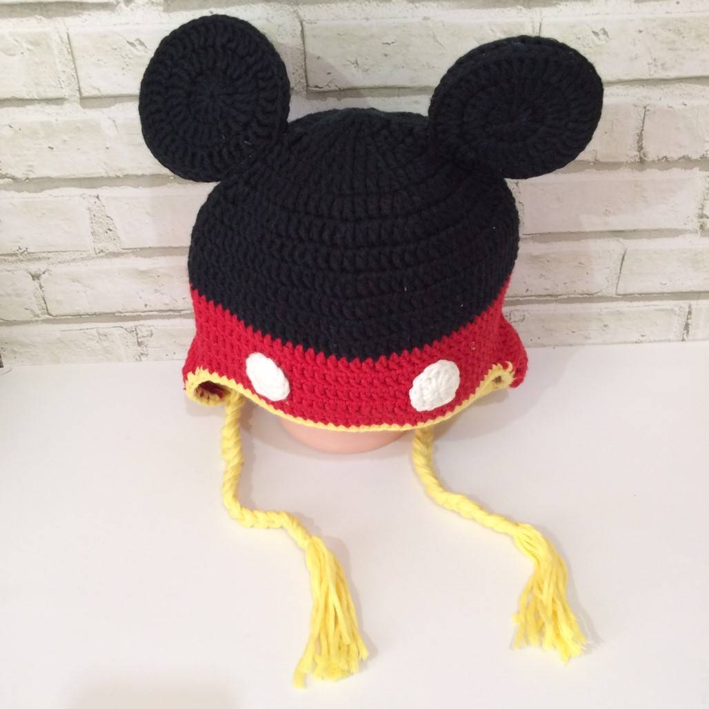 Topi Rajut Karakter Micky Mouse