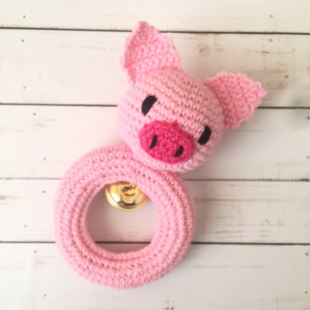 Rattle Rajut Piggy Pink0