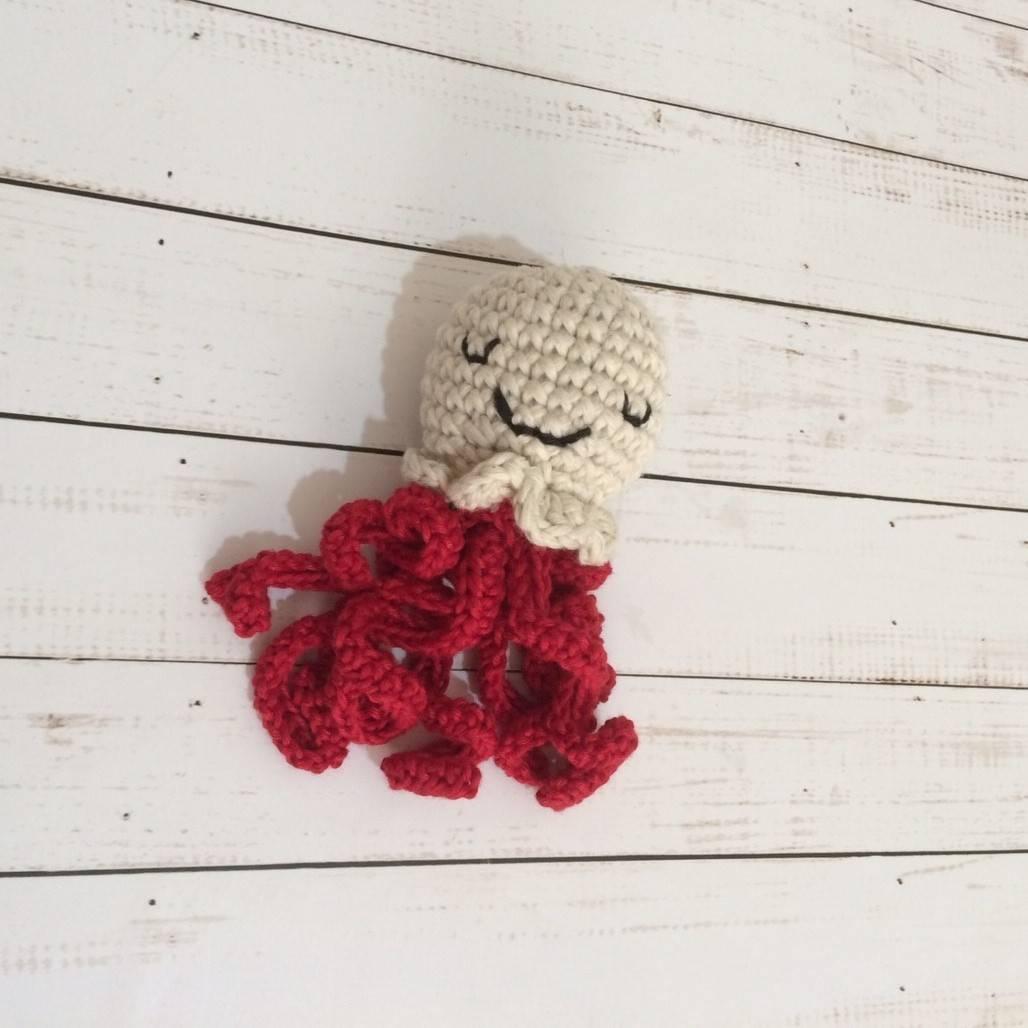 Boneka Gurita Rajut Red1