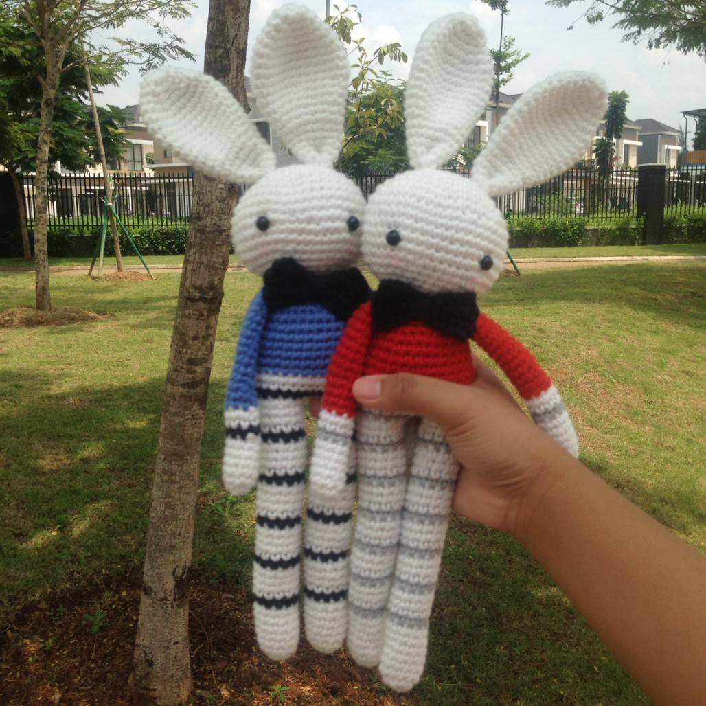 Boneka Rajut Bunny Couple0