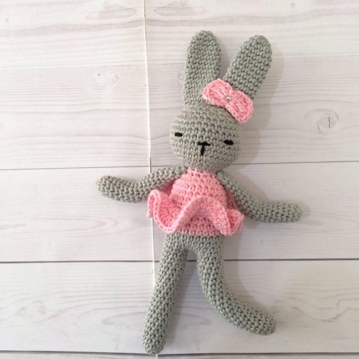 Boneka Rajut Bunny Girl