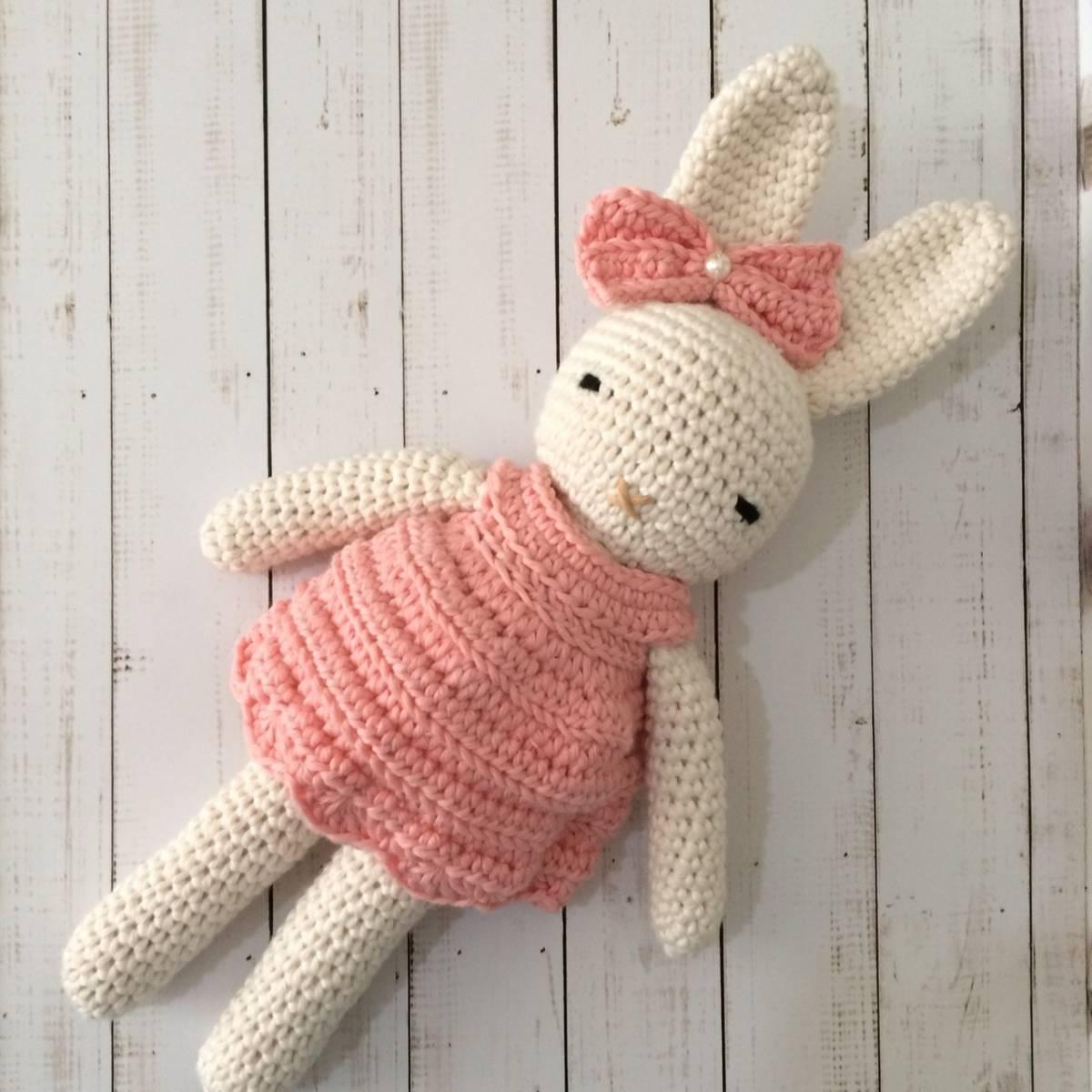 Boneka Bunny Rajut Cute