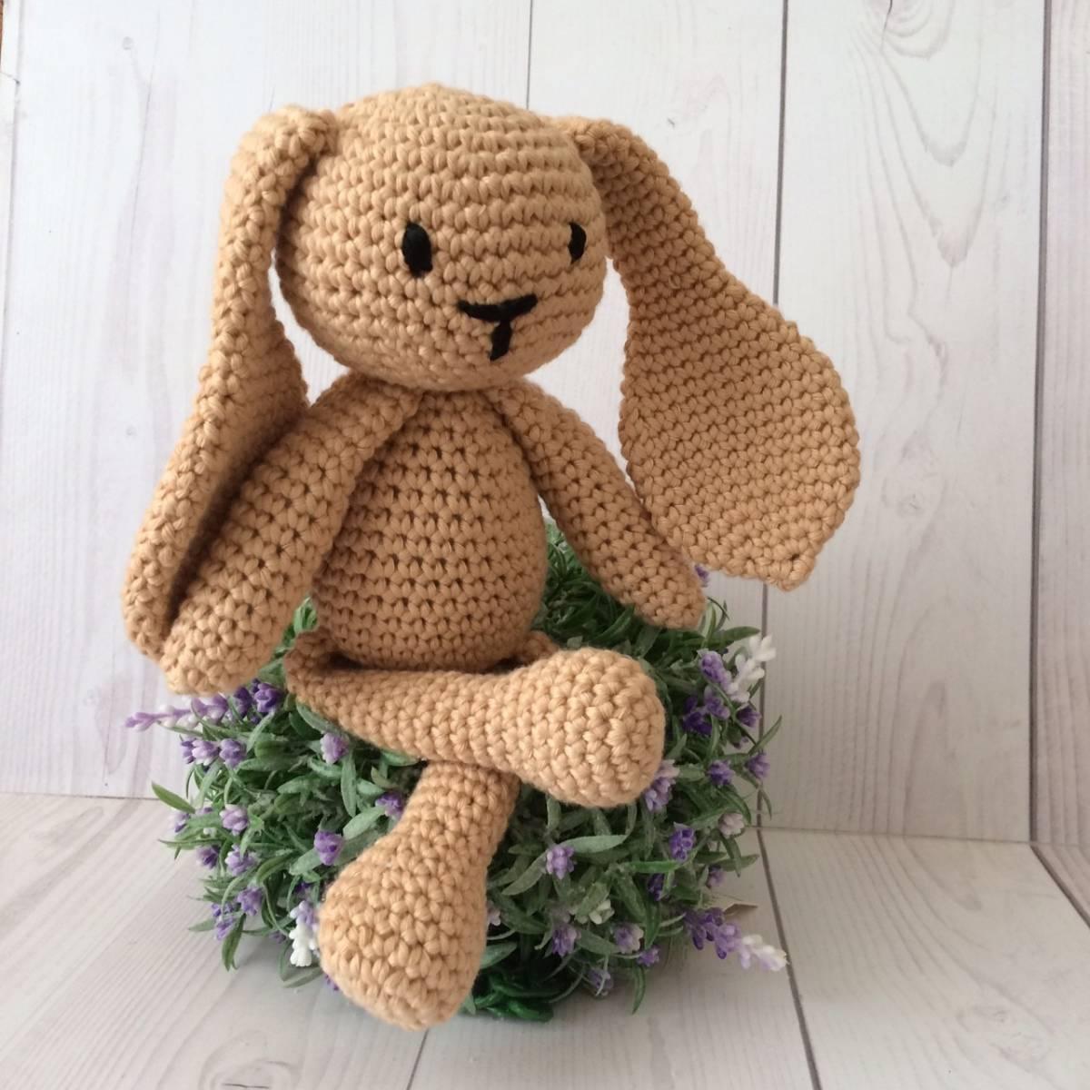 Boneka Rajut Bunny Brown1