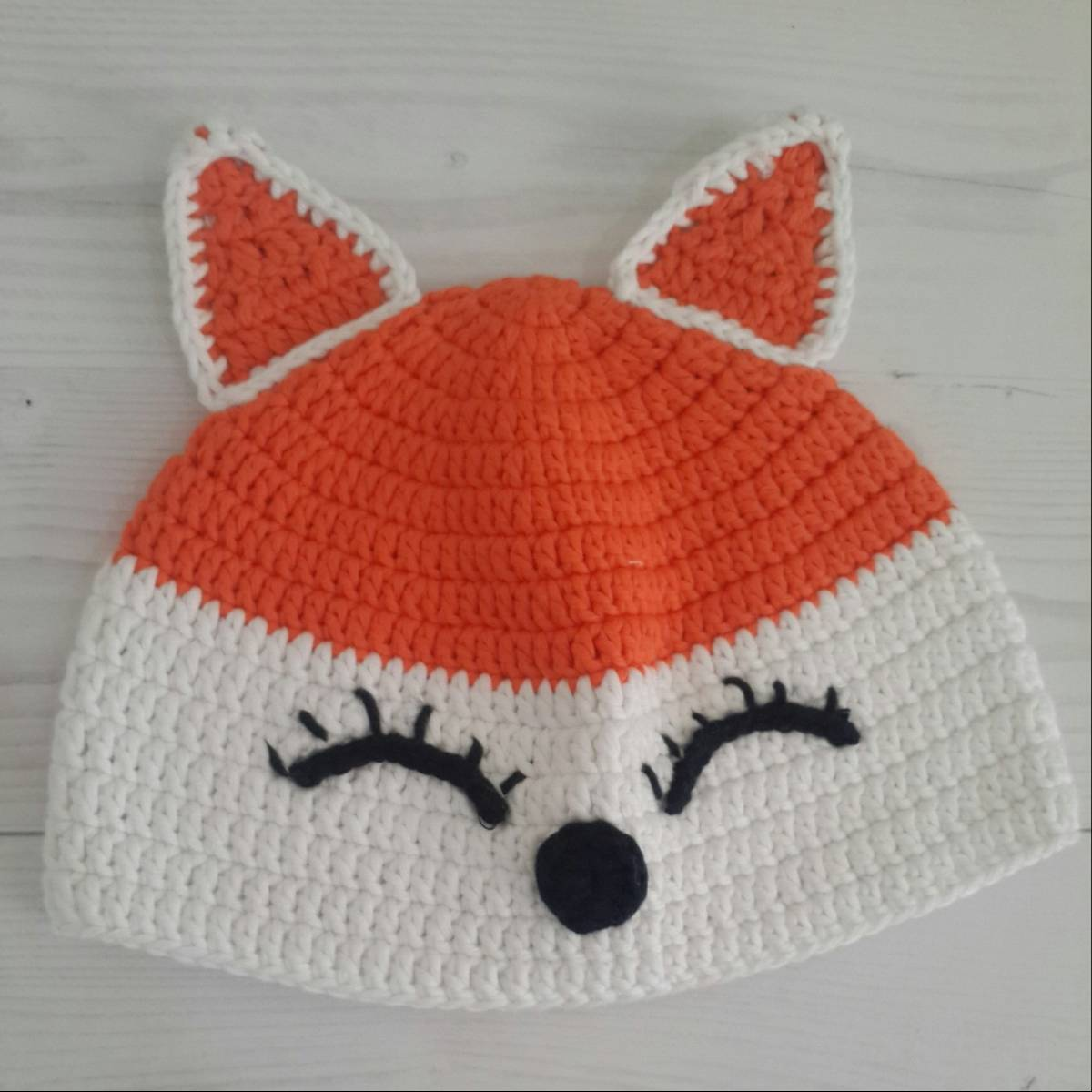 Topi Rajut Fox
