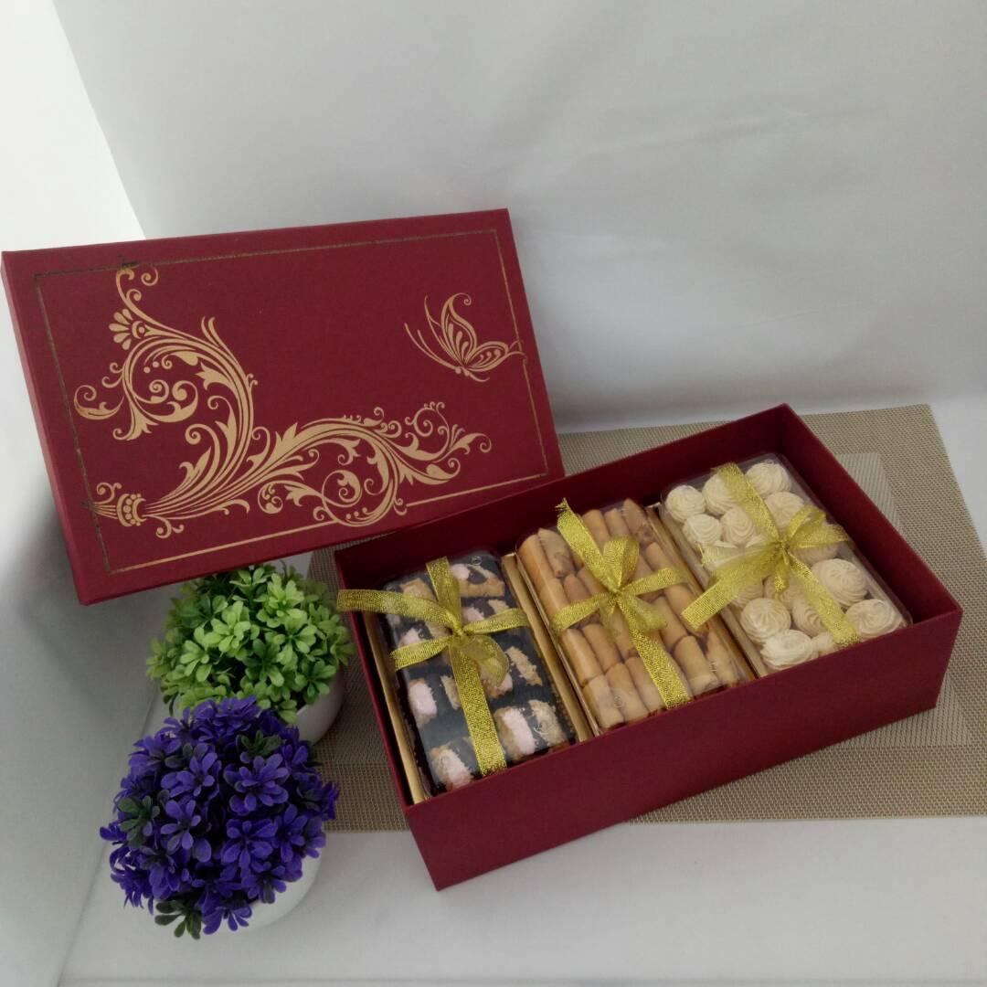 Kue Kering Istimewa Dus Merah - Paket X1