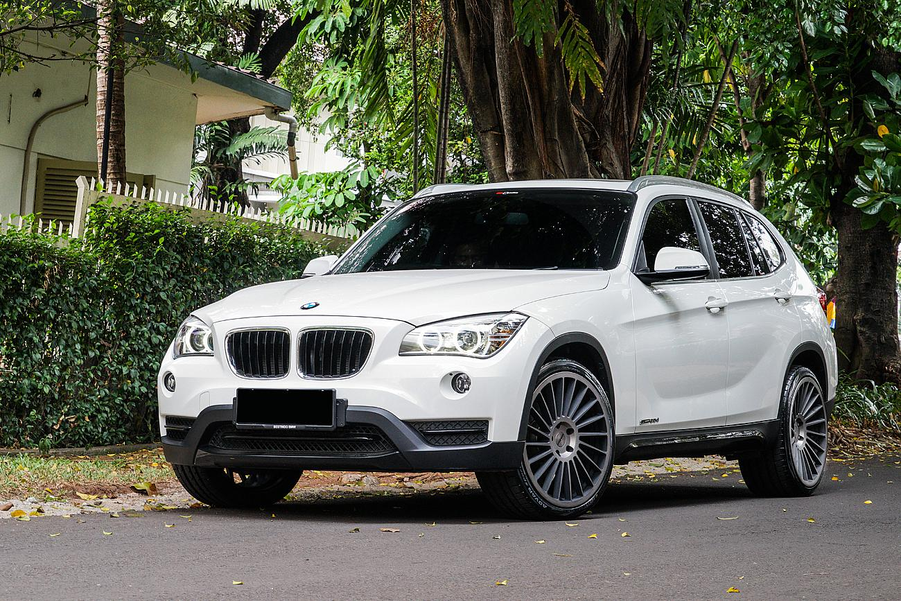 permaisuri bmw x1 e84 with rotiform ind t 20. Black Bedroom Furniture Sets. Home Design Ideas