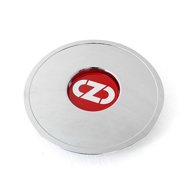 Retro bowl cap w/ red hubcap