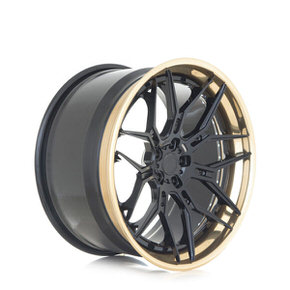 ADV7 Track Spec gloss black