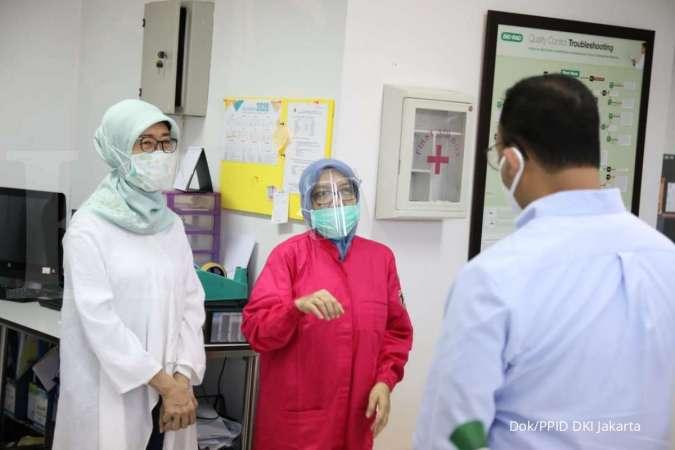Gubernur Anies Baswedan blusukan di laboratorium corona Jakarta akhir pekan ini
