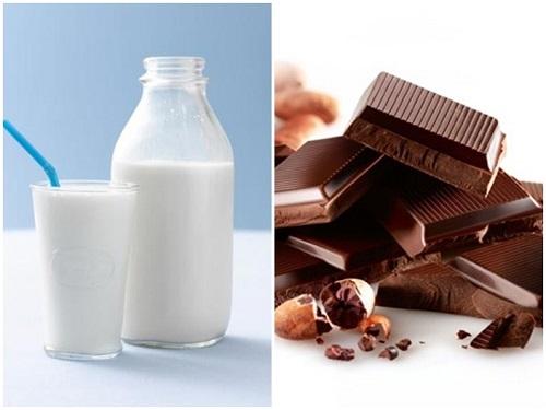 sữa và socola.jpg