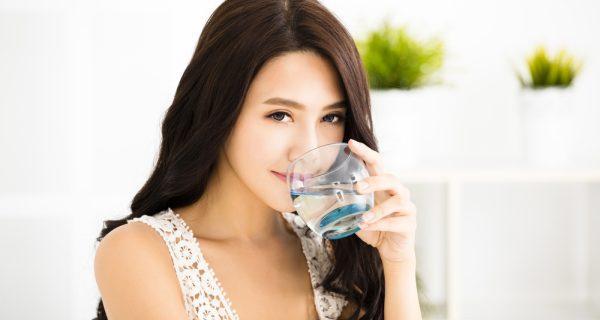 uống nước buổi sáng.jpg