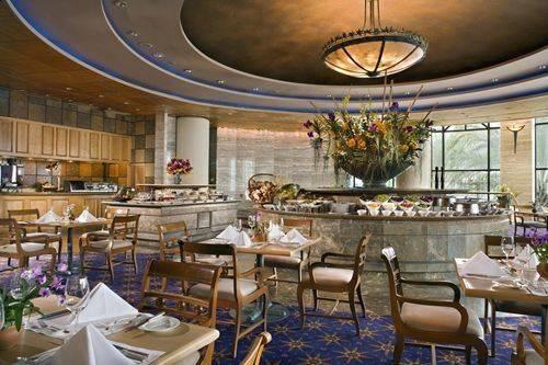 รูปจากเวป ที่ ร้านอาหาร Orchid Cafe Sheraton Grande Sukhumvit Hotel