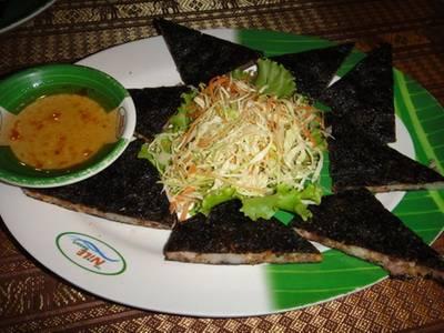 ปอเปี๊ยะพริกไทยดำ ที่ ร้านอาหาร The Nile