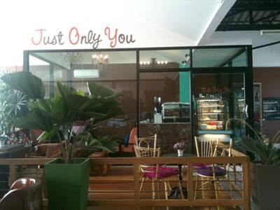 Just Only You Coffee Bar ที่ ร้านอาหาร เจอาร์ควีน