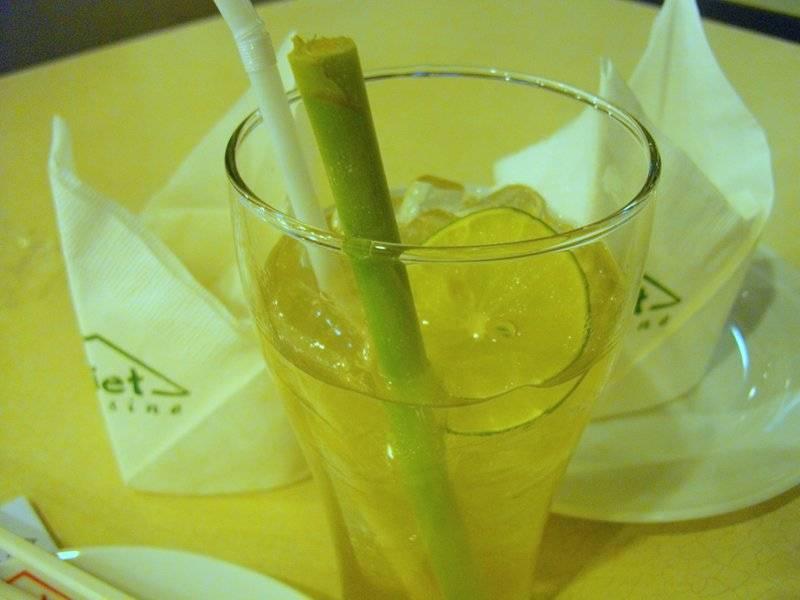 ตะไคร้มะนาว ที่ ร้านอาหาร Viet Cuisine เซ็นทรัล บางนา