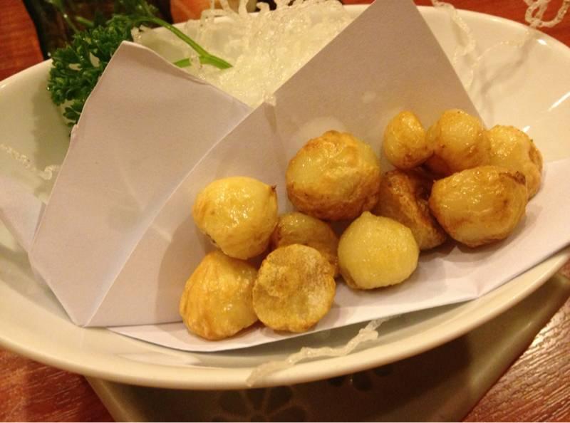 กระเทียมทอด ที่ ร้านอาหาร Shintake Japanese Restaurant