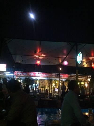 ปาย...ในวันพระจันทร์เต็มดวง ที่ ร้านอาหาร Pai Restaurant